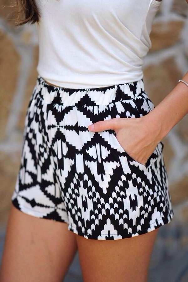 shorts pattern cute black and white pants