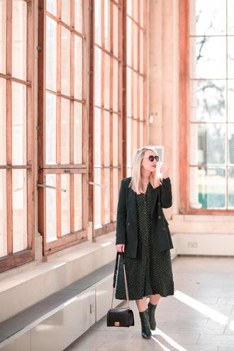 british fashion blog - mediamarmalade blogger dress jacket shoes blazer chanel bag ankle boots spring outfits