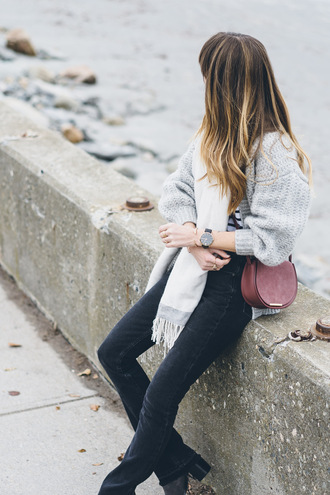 prosecco and plaid blogger cardigan t-shirt bag shoes jeans scarf jewels belt boots winter outfits