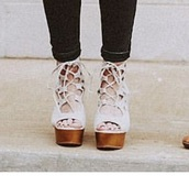 shoes,wooden wedges,wooden platforms,strappy heels