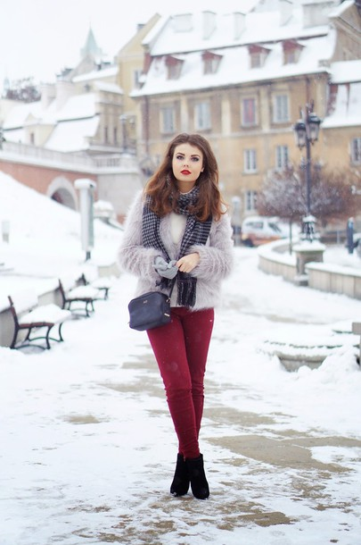a piece of anna blogger fuzzy coat skinny pants pants bag shoes scarf