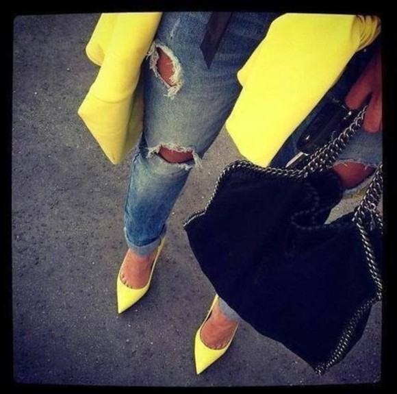yellow trench coat jeans ripped jeans neon yellow heels shoes