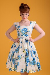 dress,vintage,Pin up,flowers,white,vintage re-creation,swimwear,swing dress