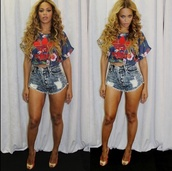 top,beyonce,adidas,crop tops,blue shirt,High waisted shorts,high heels,cute,dope,red,blue,purple,yellow,sexy,baddies,fashion,floral