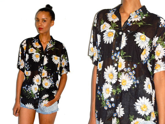 Vtg Daisy Floral Sheer SS Button Down Cotton Shirt by LuluTresors