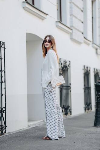 pants tumblr wide-leg pants polka dots white pants white shirt shirt bag all white everything sunglasses