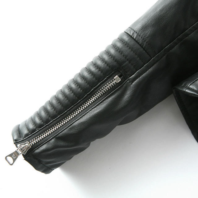 Black long sleeve oblique zipper crop jacket