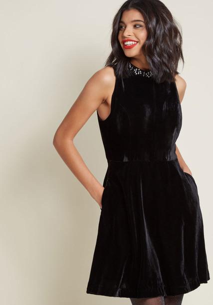 Modcloth dress velvet dress sleeveless embellished velvet black