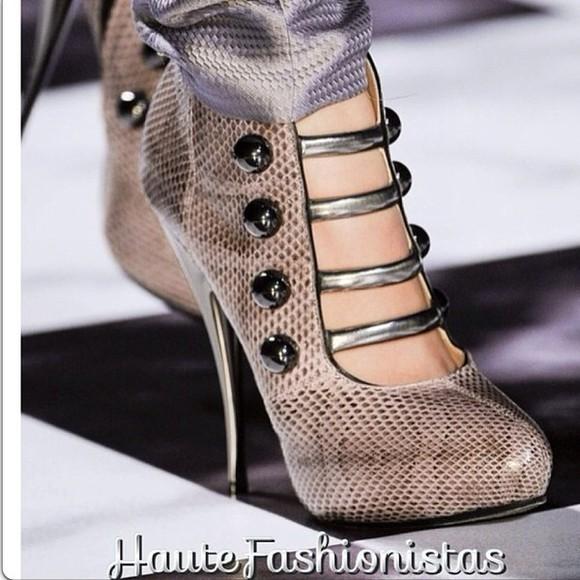 shoes python