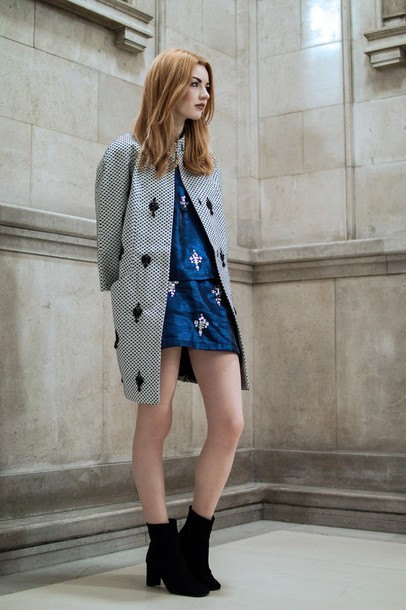 hannah louise fashion blogger coat blue skirt two-piece embellished red hair