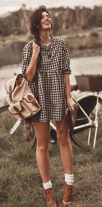dress plaid vintage flannel black and white indie bag checkerboard black white short checkered dress grunge dress vintage dress gloves cardigan blouse gingham hipster camping spring outfits backpack shoes