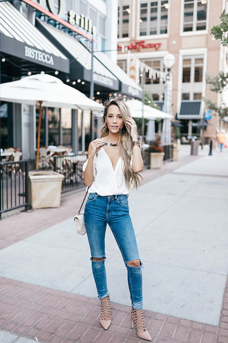 styled avenue blogger shoes bag white top v neck skinny jeans shoulder bag aviator sunglasses nude heels lace up heels