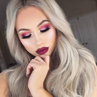 make-up tumblr dark lipstick burgundy lipstick burgundy lipstick lips matte lipstick eye makeup eyeliner eye shadow eyelashes eyebrows blonde hair hair long hair