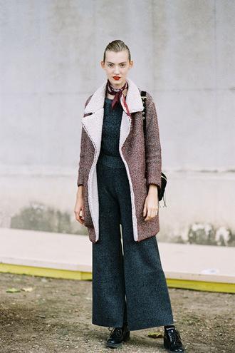 vanessa jackman blogger jumpsuit scarf make-up coat