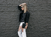 oracle fox,jacket,shirt,jeans,bag,shoes,jewels,sunglasses