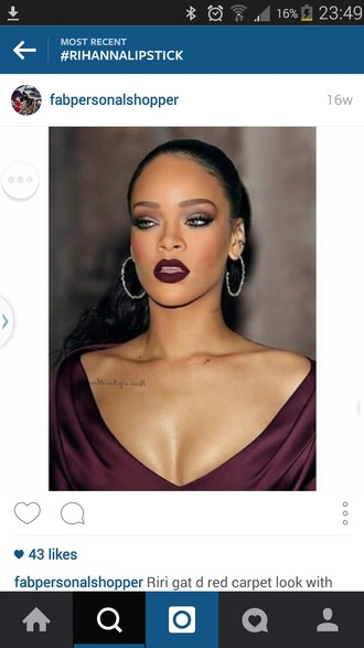 make-up rihanna lipstick rihanna red dress