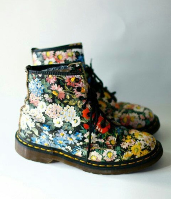 shoes floral summer black yellow eyelet DrMartens