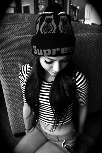 hat supreme supreme beanie beanie stripes black white