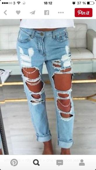 jeans ligh blue distresse jeans