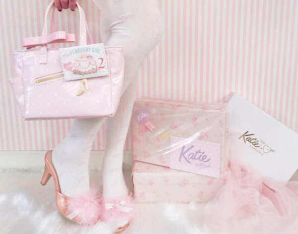 shoes pink shoes pastel pink cute pastel pink shoes light pastel pink shoes pink heels marabou marabou feather katie