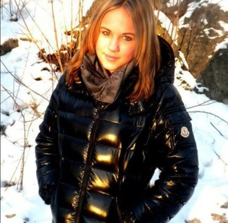 coat jacket winter outfits down jacket black moncler girly luxury girl pretty hot cute tumblr instagram fashion style stylish winter 2014 2014 fashion trends winter sports