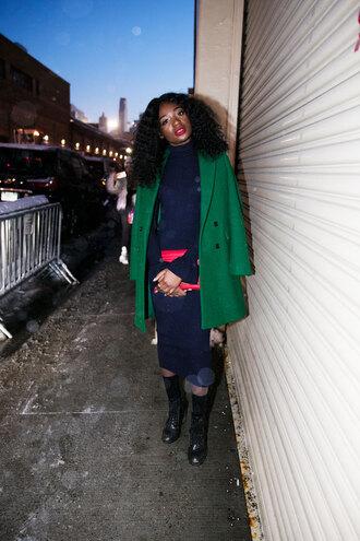 dress nyfw 2017 fashion week 2017 fashion week streetwear knitwear knitted dress midi knit dress blue dress sweater dress coat green coat boots black boots ankle boots socks