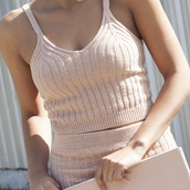 skirt,nude,cute outfits,summer,summer outfits,knitted top,nude top,knitted skirt,nude skirt,knitwear,blush pink,summer top,tank top,pink top,all pink everything