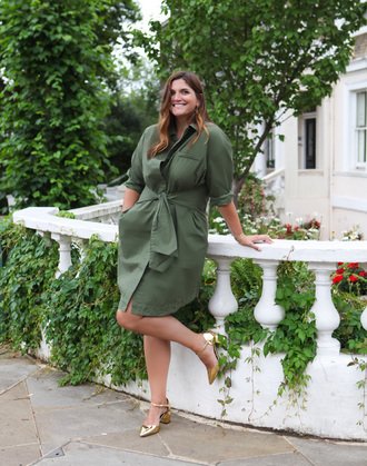 fashion foie gras blogger coat dress jewels shoes green dress pumps summer outfits