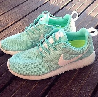 shoes mint nike nike running shoes mint green shoes