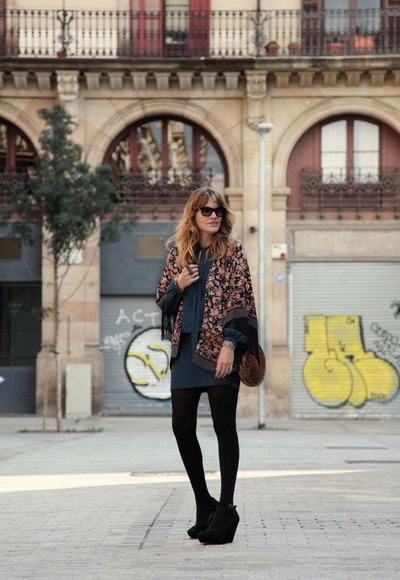my daily style bag sunglasses blogger blanket scarf fall outfits boho