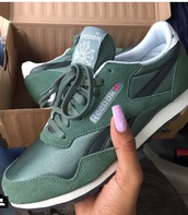 shoes,Reebok,green,khaki,classics,khaki trainers,trainers,fashion vibe,instagram