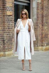 coat,beige coat,dress,white dress,sandals,beige sandals,sunglasses