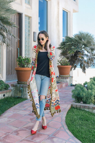 coat kimono black top top jeans denim ripped jeans shoes red shoes red flats sunglasses rayban