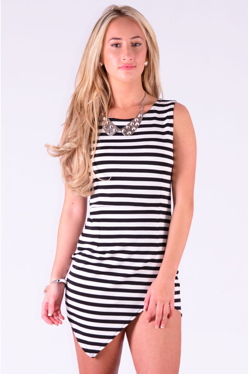 Laban Cross Over Curve Hem Dress In Black & White