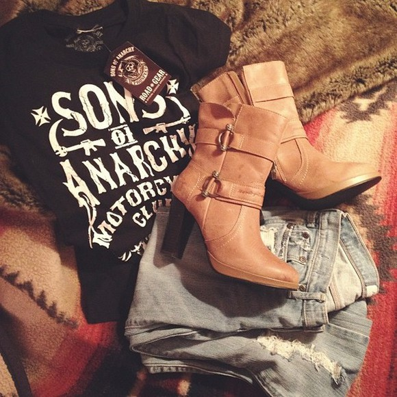 sons of anarchy t-shirt jeans harley boots shoes