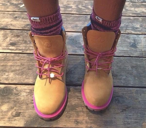 Fantastic Heels Womens Timberland 6 Premium Boot Light Pink Flat Shoes Women
