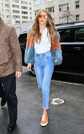 jacket fur jeans sneakers gigi hadid model off-duty fall outfits streetstyle sunglasses top model celebrity style celebstyle for less sunnies