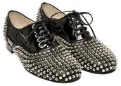 studs,black shoes,shoes
