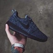 shoes,nike roshe run,nike,nike free run,black,white,nike sneakers,polka dots,tennis,nike running shoes,navy,dark blue,roshe runs,nike shoes