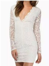 dress,white dress,lace dress,lace bodycon dress,long sleeves,sheer lace,plunge v neck,v back dress,www.ustrendy.com