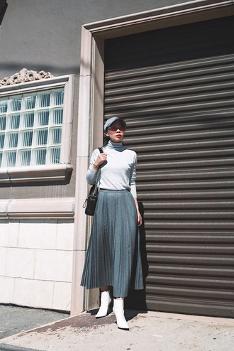 skirt cap tumblr midi skirt pleated pleated skirt grey skirt top turtleneck boots white boots ankle boots
