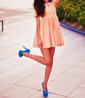 dress,babydoll dress,peter pan collar,baby pink,shoes,blue pumps,blue high heels,high heels,pumps,blue,pink,pink dress,summer,rose,orange,short dress