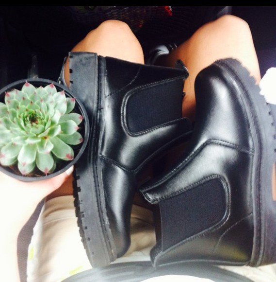 shoes black boots black boots chunky sole chelsea boots black, chunky sole, chelsea boots, ankle high, anklr