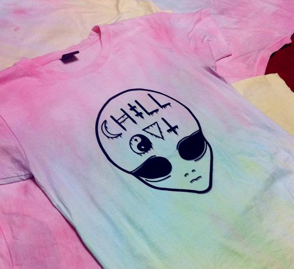 Alien Chill Out tiedye