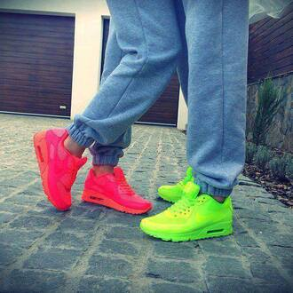 shoes nike nike shoes air max nike sneakers sportswear neon nike air max 90 hyperfuse pink air maxies neon yellow neon pink pants full pink nike air max 90 neon green blouse corale orange women yellow green nike air force nice style 2014 hot summer outfits joggers grey neon pink airmac 90's pink sneakers fluo fluor pink and yellow air  maxes yellow fluo airmaxhyperfuse pink fluo nike air luminous air maxes love cute nike goal
