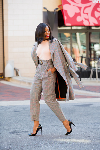 jadore-fashion blogger pants sweater bag coat shoes winter outfits high waisted pants pumps