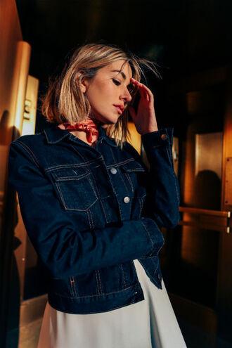 jacket tumblr denim jacket blue jacket scarf silk scarf dress grey dress blonde hair hair hairstyles short hair