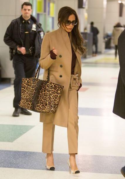 650bd22f14 pants Celebrity work outfits work outfits celebrity style celebrity victoria  beckham beige pants beige coat camel