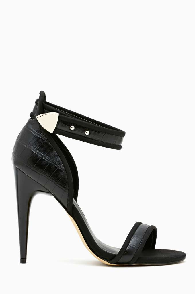 Shoe Cult Primal Pump - Black  in  Shoes Shoe Cult at Nasty Gal