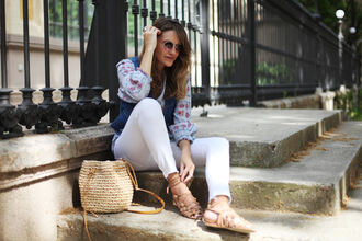 my daily style blogger blouse bag sunglasses jewels